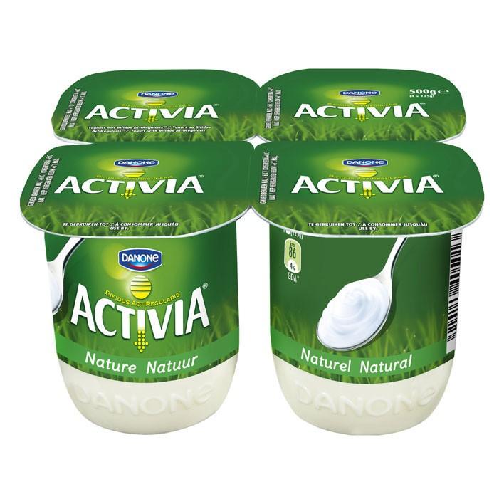 Gebruik Franse yoghurt in kleine bakjes of volle yoghurt uit een pak.
